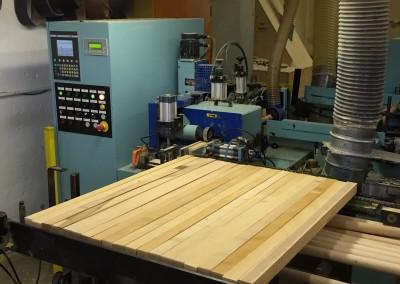 Produzione manici in legno